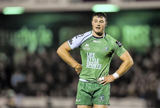Robbie Henshaw will remain with Connacht at the Sportsground until the end of the 2015/16 season. Photo: Ramsey Cardy / SPORTSFILE
