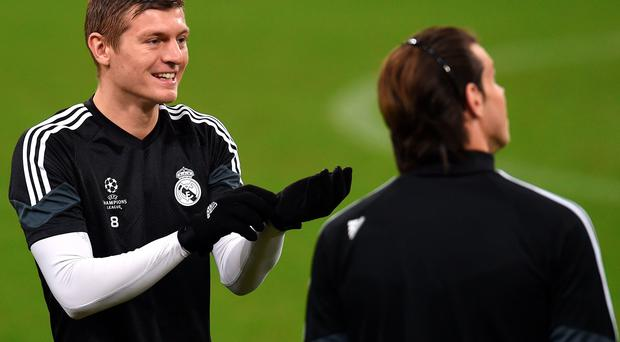 German midfielder Toni Kroos (L)