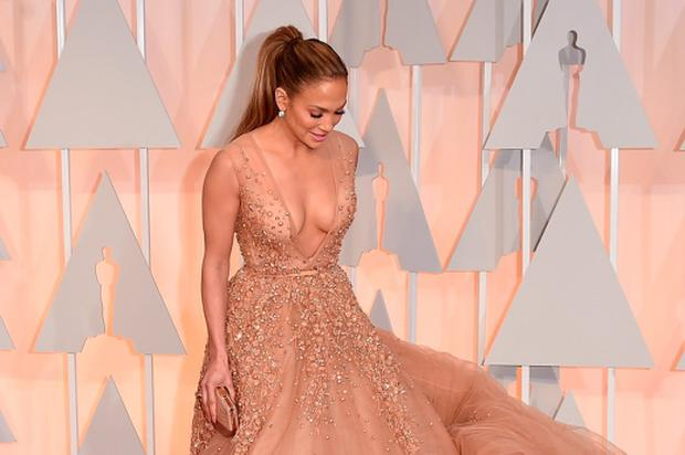 Jennifer Lopez is pretty as can be in Elie Saab