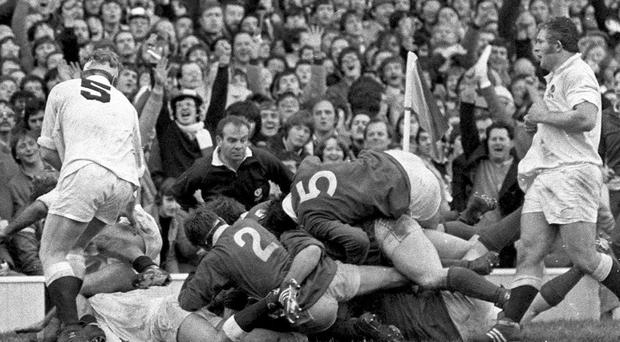 Gerry 'Ginger' McLoughlin scores a famous try against England at Twickenham in 1982