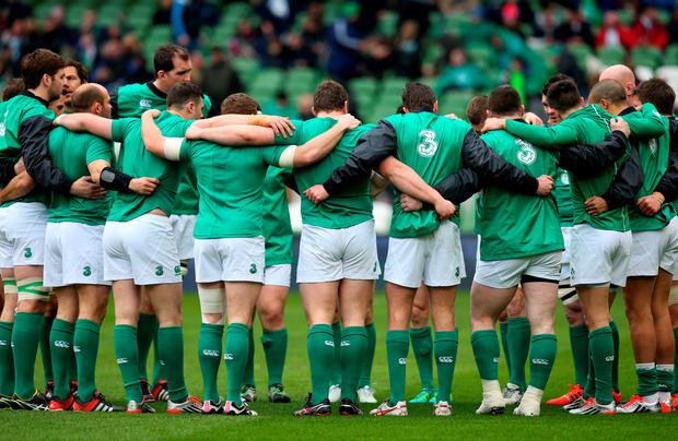 DUBLIN, IRELAND - MARCH 01: The Ireland team huddle up prior to kickoff during the RBS Six Nations match between Ireland and England at the Aviva Stadium on March 1, 2015 in Dublin, Ireland. (Photo by Alex Livesey/Getty Images)