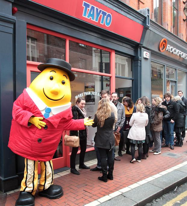 Hungry Dubs queue at the Tayto shop on Wicklow Street