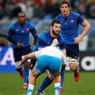France's Loann Goujon in action with Italy's Giovanbattista Venditti Action Images Via Reuters / Andrew Boyers