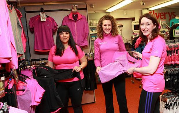 Team VHI-Herald members Karla Bohan (left) and Helena Goos (right) with Elverys Power Team Leader Sabrina Carey (centre)
