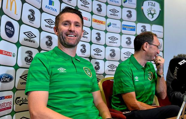 Republic of Ireland's Robbie Keane and manager Martin O'Neill during a press conference. Grand Hotel, Malahide, Co. Dublin. Picture credit: David Maher / SPORTSFILE