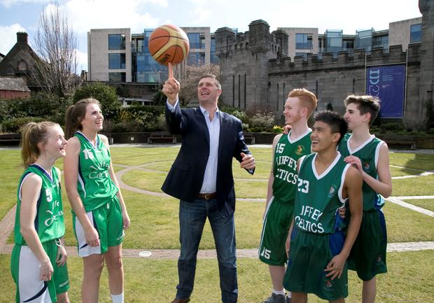 Irish football legend Niall Quinn, with the help of previous award winners Age Action, Diamond Twirlers, Liffey Celtic Basketballers, Clondalkin Gymnasts and Bay City Boxers, has launched the eleventh annual Dublin Bus Community Spirit Awards
