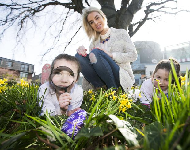 Pippa O' Connor was joined by twins Grace and Sarah Thompson (7) to launch Cadbury's Easter celebration last year