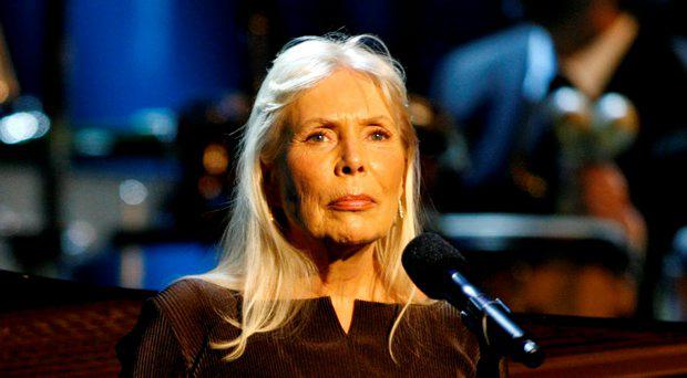 Musician Joni Mitchell performs at the Thelonious Monk Institute of Jazz International Trumpet Competition and Herbie Hancock Tribute in Hollywood, in this file photo taken October 28, 2007