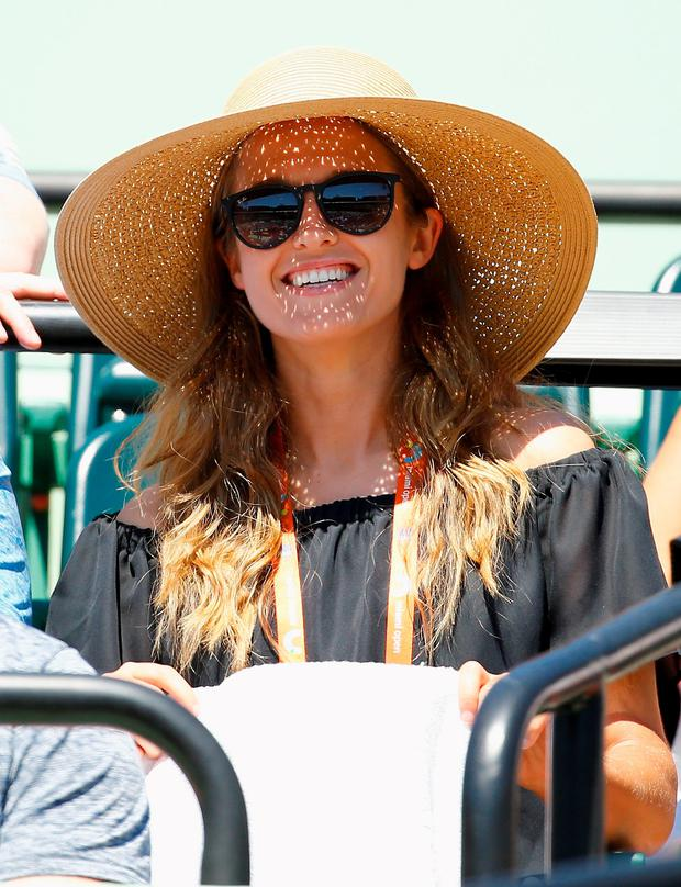 KEY BISCAYNE, FL - MARCH 31: Kim Sears, fiance of Andy Murray of Great Britain looks on during his match against Kevin Anderson of South Africa during day 9 of the Miami Open at Crandon Park Tennis Center on March 31, 2015 in Key Biscayne, Florida. (Photo by Al Bello/Getty Images)