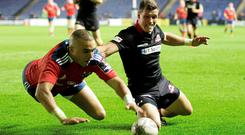 Munster's Simon Zebo on his way to scoring his side's fourth try