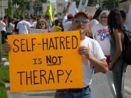 US activists protesting against gay conversion therapists