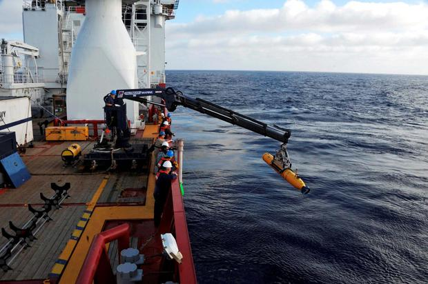 Government ministers from Australia, China and Malaysia said they would double the search area for missing Malaysia Airlines Flight MH370 if wreckage is not found in the current target area. Photo: Reuters