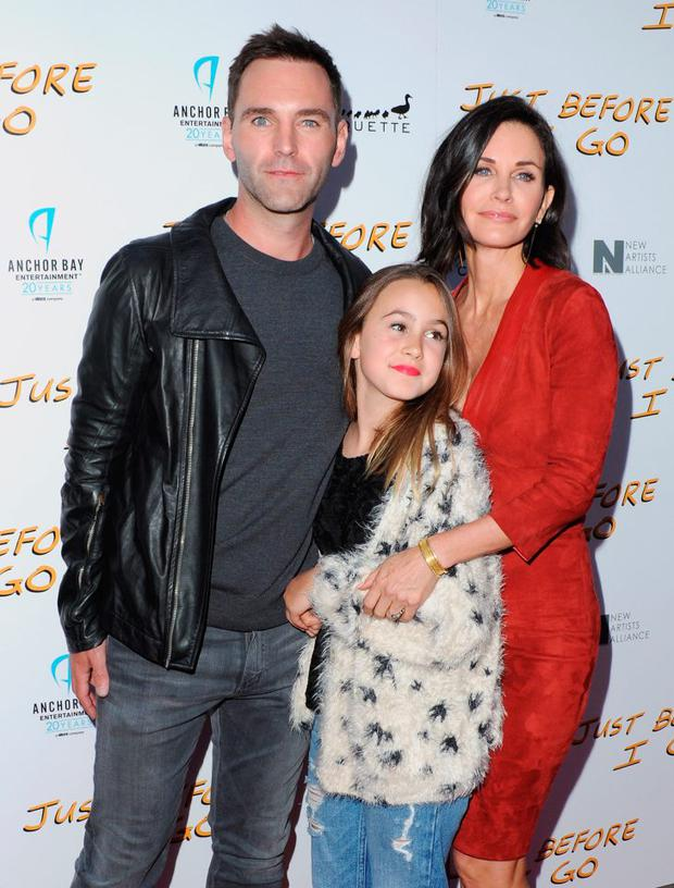 Johnny McDaid, director Courteney Cox and daughter Coco Arquette pictured before the couple's rumoured break up.