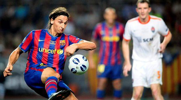 Zlatan Ibrahimovic playing for Barcelona in 2009