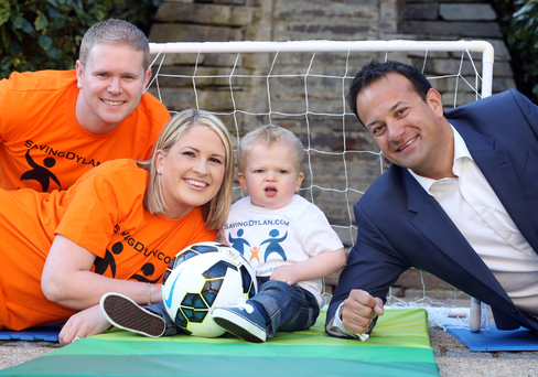 Alan, Michelle, and Dylan Finglas with Health Minister Leo Varadkar.