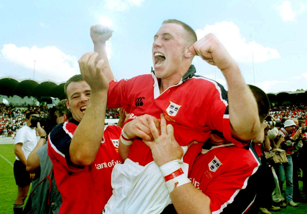 Munster scrum-half Peter Stringer celebrates victory over Toulouse in the 2000 Heineken Cup semi-final.