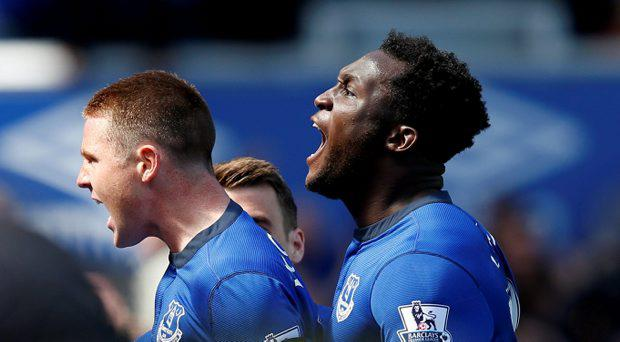 James McCarthy celebrates with Romelu Lukaku after scoring the first goal for Everton