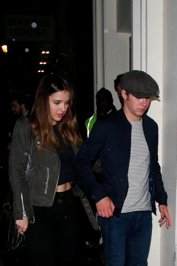 Niall Horan spotted holding hands with model Melissa Anne Whitelaw. Picture: Splash