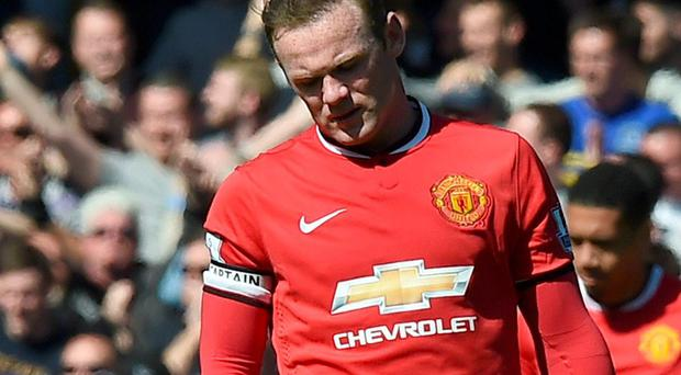 Wayne Rooney could miss the rest of the season after sustaining a knee injury towards the end of Manchester United's defeat to Everton on Sunday