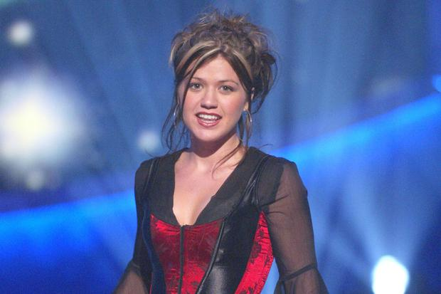 Blast from the past: A fresh faced Kelly Clarkson on Season 1 of American Idol in 2002
