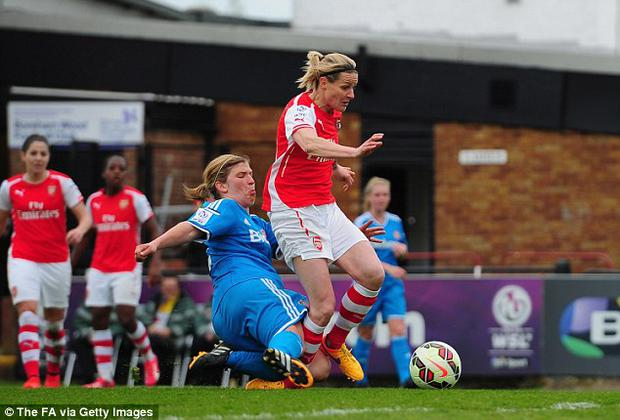 Kelly Smith of Arsenal was taken out by a dangerous tackle from Sunderland's Abby Holmes
