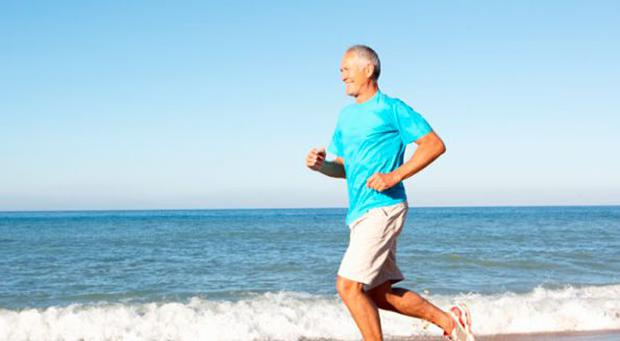 Just 30 minutes of exercise 'is as good as giving up smoking'