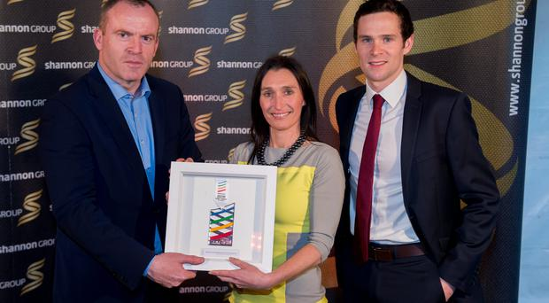 Ian Mallon (left) of the Irish Independent presents Debbie Power of Vodafone and Scott Graham of Triathlon Ireland with the Sport Tourism Sponsorship of the Year Award at the European Sports Tourism Awards in Limerick. Photo: Diarmuid Greene