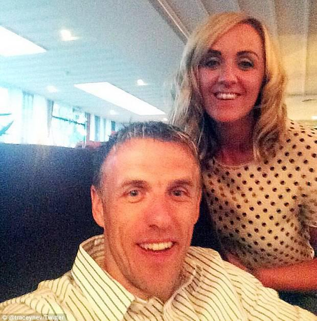 Tracey with brother Phil. pic credit: Twitter/@traceynev
