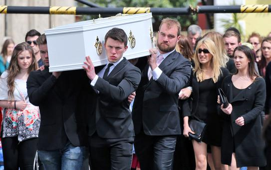The remains are carried into the Church of the Assumption, Dalkey this morning at the funeral of teenager, Ana Hick who died last weekend after taking an ecstasy pill...Picture Colin Keegan, Collins Dublin.