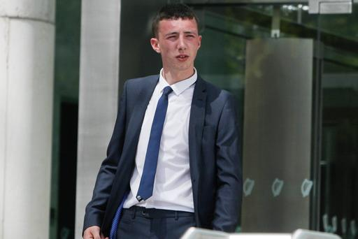 Derek Whelan (19), of Moorefield Avenue, Clondalkin, leaving court where he was given a two year suspended sentence for 24 counts of theft on dates between August 2013 and June 2014. Pic: Courtpix