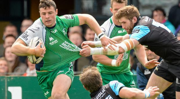 Robbie Henshaw in action for Connacht against Glasgow Warriors