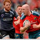 23 May 2015; Paul O'Connell, Munster, in action against Ospreys. Guinness PRO12 Play-Off, Munster v Ospreys. Thomond Park, Limerick. Picture credit: Brendan Moran / SPORTSFILE