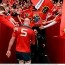 23 May 2015; Munster's Paul O'Connell is applauded off the field by the Thomond Park crowd after playing his last home game for the club. Guinness PRO12 Play-Off, Munster v Ospreys. Thomond Park, Limerick. Picture credit: Brendan Moran / SPORTSFILE