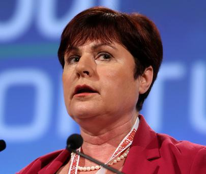 Rural Affairs Minister Ann Phelan said the neighbourhood initiative, supported by Calor, was to be welcomed as some people living in isolated areas in rural areas were 'afraid'