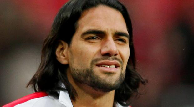 Radamel Falcao willing to take pay cut to join Chelsea after difficult stint with Manchester United