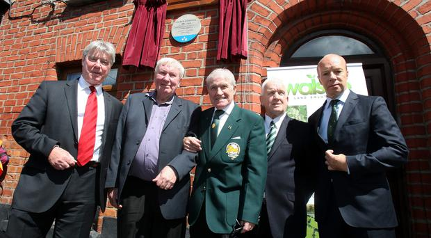 Mike O'Connell (second from left), the grandson of Patrick O'Connell, the legendary footballer, with left to right: Martin Buchan, former Manchester Utd and Scotland captain; Bertie Auld, 1967 European Cup winner with Celtic; John Clarke, also part of the Lisbon Lions who won the European Cup in 1967, and Steve Archibald, former Spurs and Barcelona player, at the unveiling of a plaque in O'Connell's honour at 87 Fitzroy Avenue, Drumcondra, Dublin, where he lived.