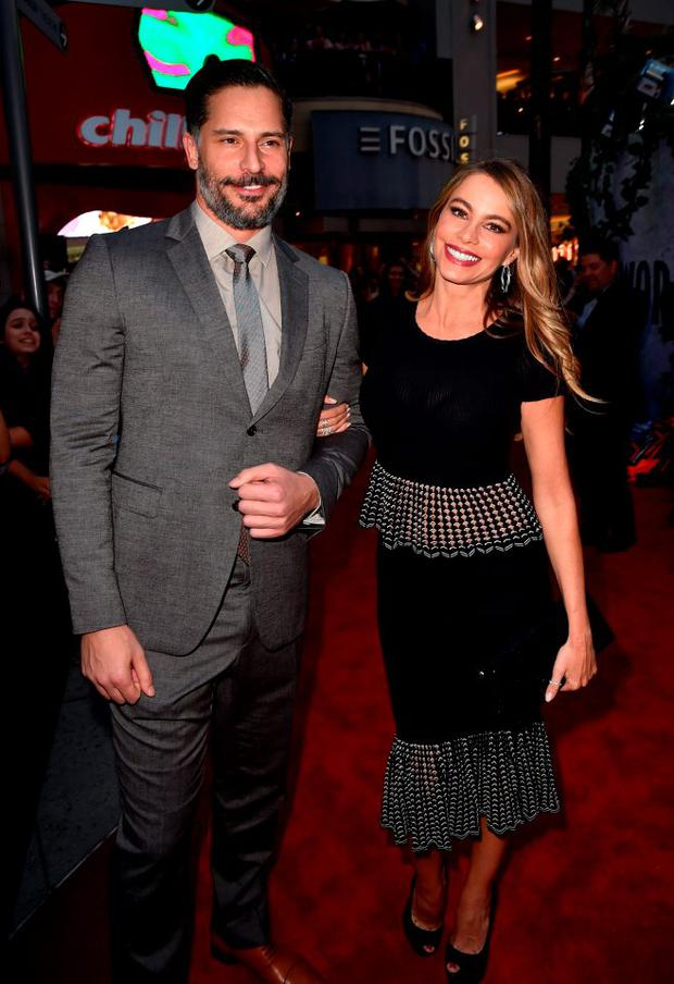 Actors Sofia Vergara (R) and Joe Manganiello attend the Universal Pictures'