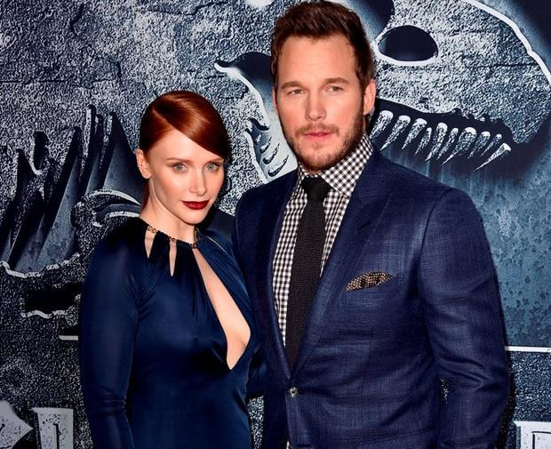 Actors Bryce Dallas Howard (L) and Chris Pratt attend the Universal Pictures'