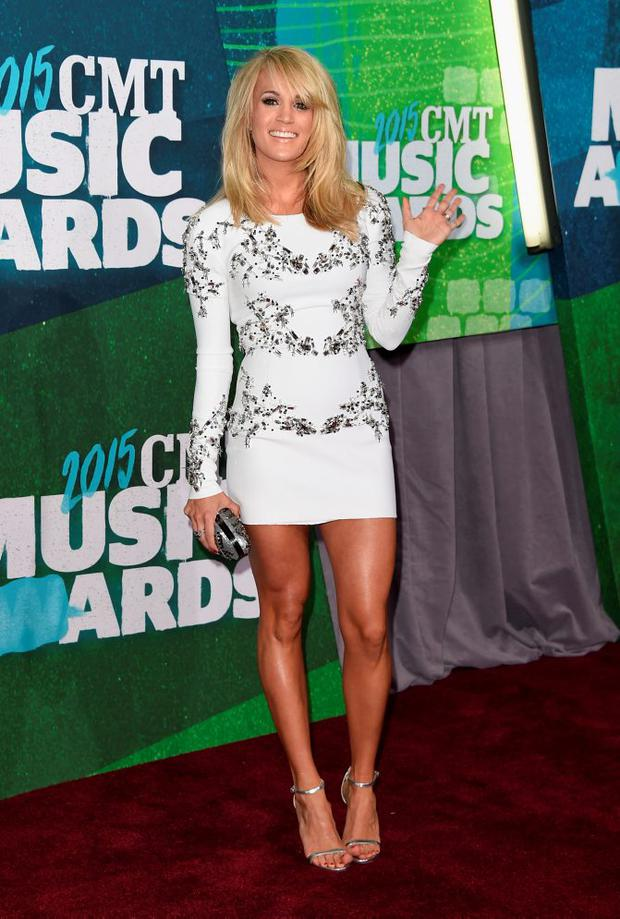 Singer Carrie Underwood attends the 2015 CMT Music awards at the Bridgestone Arena on June 10, 2015 in Nashville, Tennessee. (Photo by Jason Merritt/Getty Images)