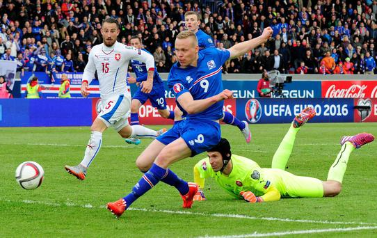 Iceland's Kolbeinn Sigthorsson scores his side's winning goal past Czech Republic goalkeeper Petr Cech