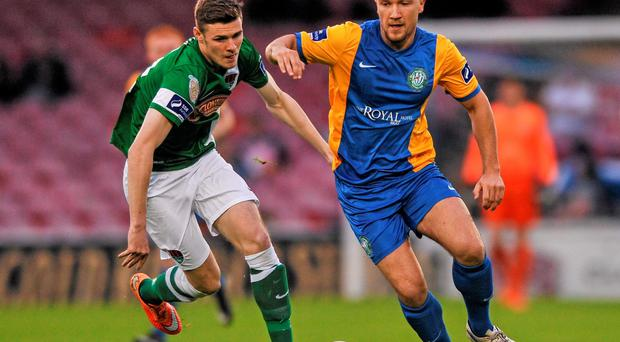 Bray Wanderers' Graham Kelly in action against Cork City's Gary Buckley at Turner's Cross last night