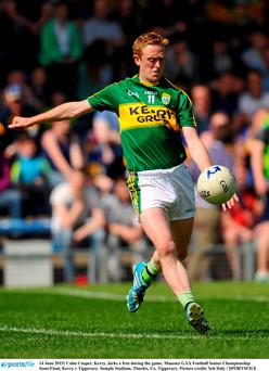 14 June 2015; Colm Cooper, Kerry, kicks a free during the game. Munster GAA Football Senior Championship Semi-Final, Kerry v Tipperary. Semple Stadium, Thurles, Co. Tipperary. Picture credit: Seb Daly / SPORTSFILE