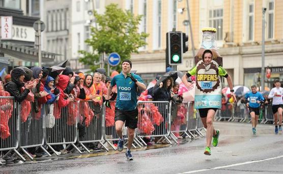Terry Brady (R) during the Cork marathon