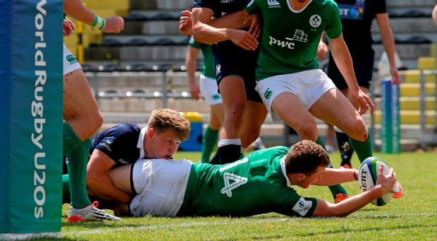 Stephen Fitzgerald, Ireland, touches down to score his second try