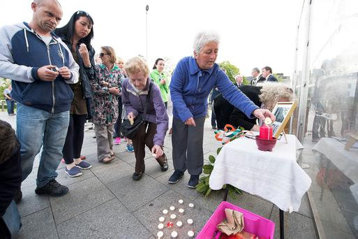 24/06/2014 A Vigil in Galway for the Berkeley balcony accident which left the irish Student dead. Photo:Andrew Downes XPOSURE