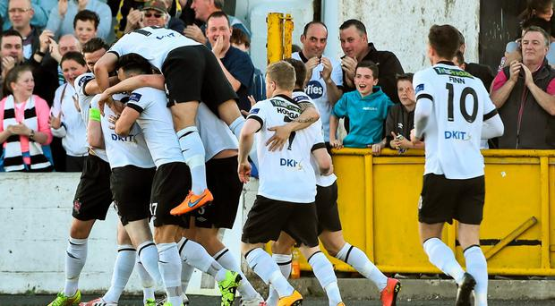 Stephen O'Donnell. hidden, Dundalk, celebrates after scoring his side's first goal with team-mates. SSE Airtricity League Premier Division, Dundalk v Limerick FC, Oriel Park, Dundalk, Co. Louth. Picture credit: David Maher / SPORTSFILE