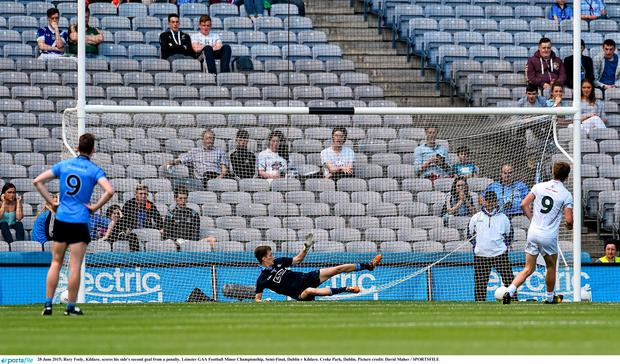 28 June 2015; Rory Feely, Kildare, scores his side's second goal from a penalty. Leinster GAA Football Minor Championship, Semi-Final, Dublin v Kildare. Croke Park, Dublin. Picture credit: David Maher / SPORTSFILE