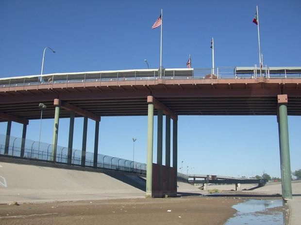 The Paso del Norte Bridge, where it was reported the unnamed Irish man was found