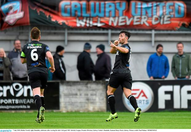 Richie Towell, right, Dundalk, celebrates after scoring his side's 3rd goal