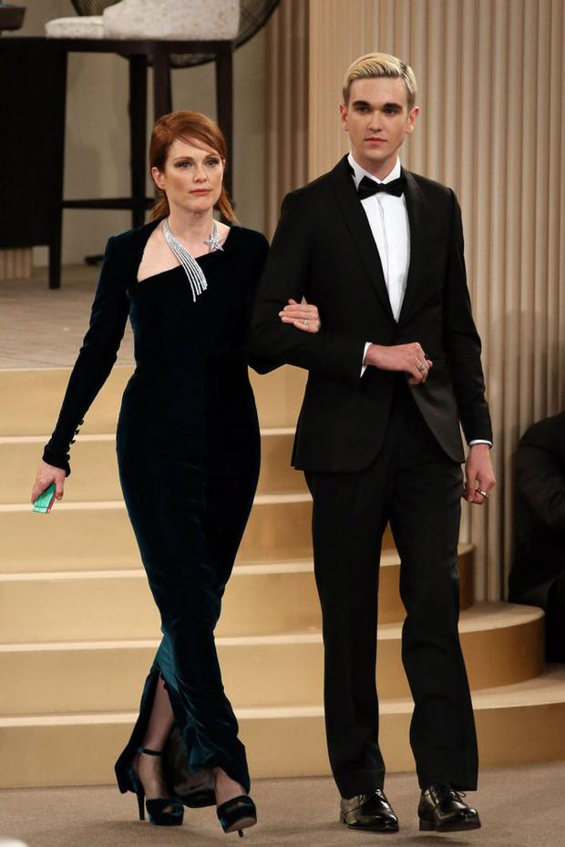 Gabriel-Kane Day Lewis and Julianne Moore